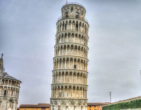 Italia torre pisa CNP Partners