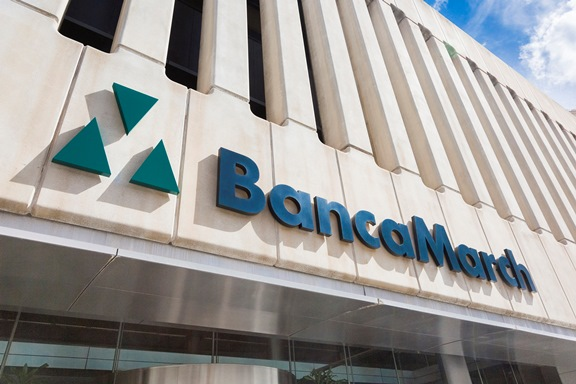 Banca march crea una unidad para ofrecer sus productos a for Banca pueyo oficinas