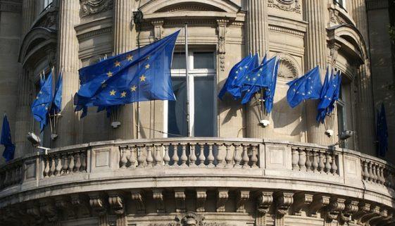 Unión-europea-banderas-nueva