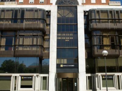 BANCO MADRID. NUEVOS LOGOS OFICINA PASEO DE LA CASTELLANA. MADRID
