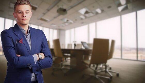 asesor consultor banquero broker mediador corredor
